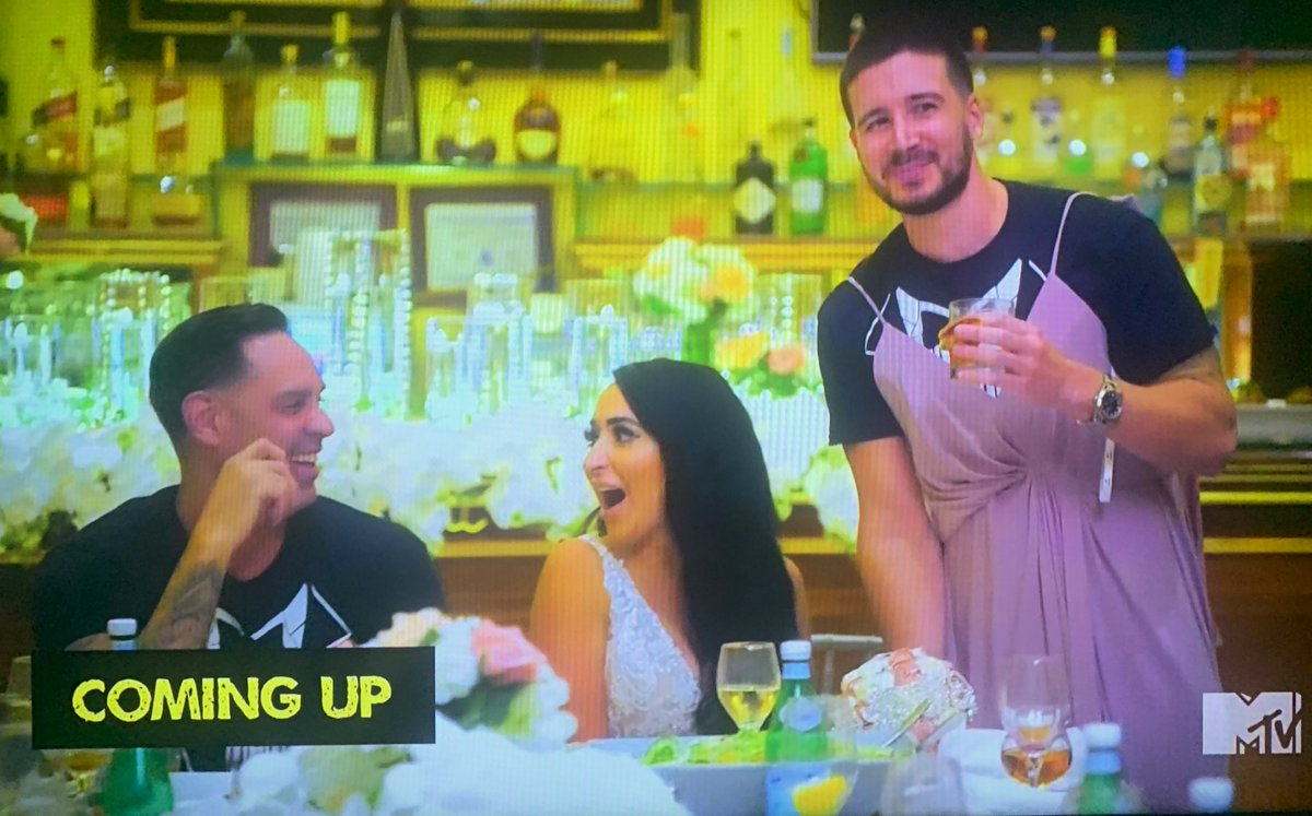Vinny wearing the bridesmaid dress from the speech that shook the shore is *chefs kiss #JSFamilyVacation