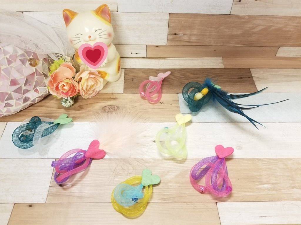 以前からご要望が多かった 「ひとり遊び用おもちゃ」完成です💕  おテテを使って遊ぶネコちゃんや🐾 ジャンプが得意なネコちゃんに🐈💨 おすすめニャ~😺  #青森 #八戸 #ねこカフェ  #猫カフェ #猫八 #猫 #ねこ #ネコ #cat #キャットホテル  #ハンドメイド #猫用おもちゃ