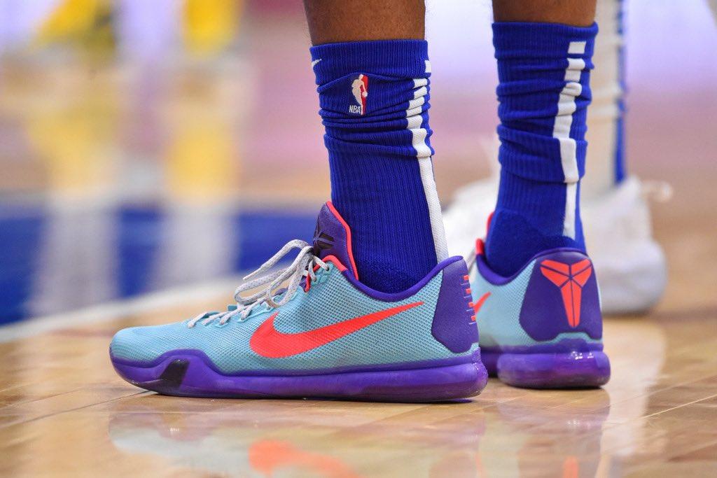 Tobias' Kobe 10s in Philly tonight #NBAKicks