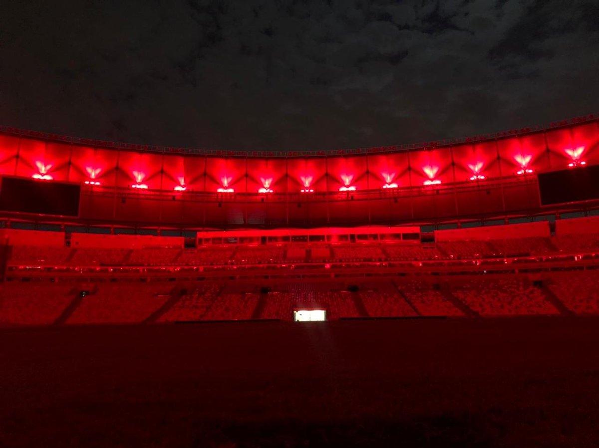 Replying to @maracana: Hoje eu vou dormir assim, @Flamengo! Boa noite! #OitoPatamar