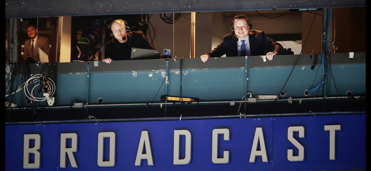 Great news to have @BatchHockey back in the rink for tonight's broadcast. Big thanks to everyone on @Sportsnet650 team after the last few weeks of being in the PxP🎙booth working #Canucks games alongside @CoreyHirsch.  📸 courtesy @jeffvinnick