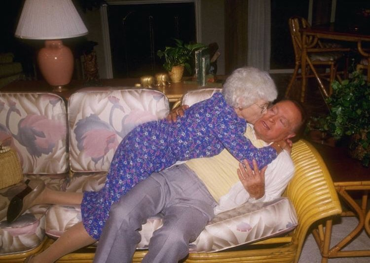 We love this photo of #EstelleGetty kissing #BobHope... but the couch and set don't appear to be from the #GoldenGirls.  The couch pattern is different, as is the side table. Is it a practice set? Something else?  #bettywhite #beaarthur #RueMcClanahan