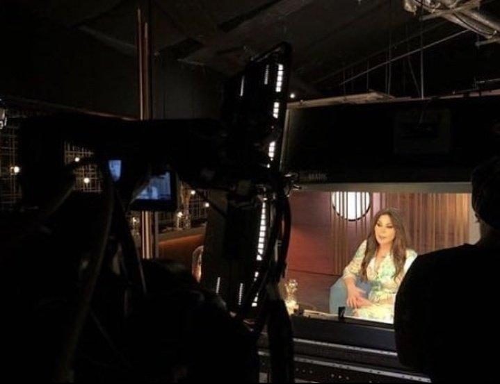 ملكة الاحساس #اليسا من كواليس برنامج #اغاني_من_حياتي @elissakh ❤😘
