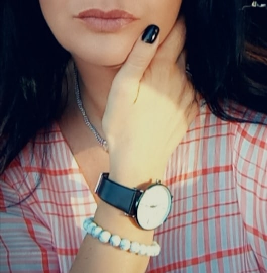Here for each other 💋 #Forever #Friday #GoodMorning ⌚ #with #this #beautiful #watch #unisex #fashion #style #new #sassy🔥 #homeSweetHome #danielphilipwatch #ambassador #Happy  #TFlers 🌼 #onMyWay #follow #Wonderful #embrace #yourshot #portrait #PerTe #perMe ❤️ hope lucky day 🦎