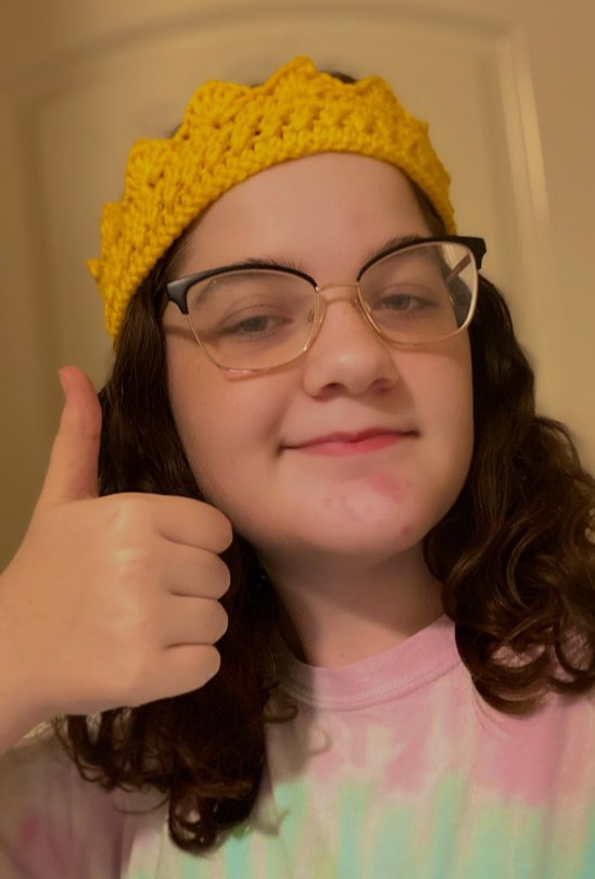 If the crown fits, wear it! I wanted to show off my crocheted crown for #bootwtselfieday  rts are very PogChamp <3