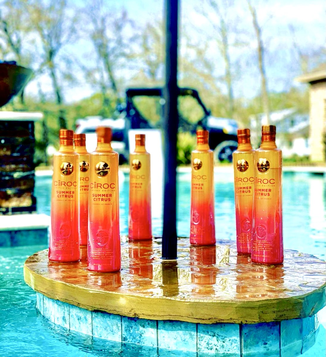 The CIROC Summer Citrus Vodka is masterfully infused with a distinctive blend of orange and other citrus flavors resulting in a taste experience that is lusciously different and elegantly smooth. Pre-Order now  at Liquor Stars!   #ciroc #summercitrus #diddy