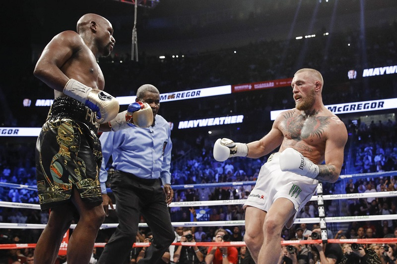 Floyd Mayweather loss still affecting Conor McGregor - says female champ  #FloydMayweather #ConorMcGregor