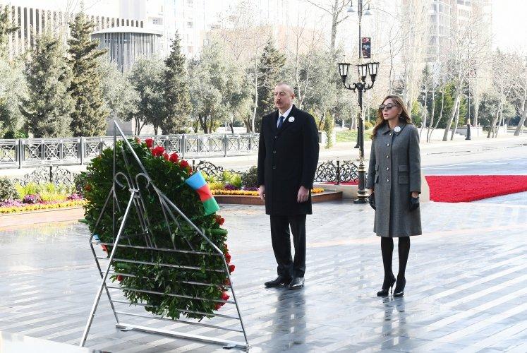 President Ilham Aliyev and First Lady Mehriban Aliyeva visited Khojaly genocide memorial bit.ly/386TmlF #President #FirstvicepresidentofAzerbaijan #IlhamAliyev #MehribanAliyeva #Azerbaijan