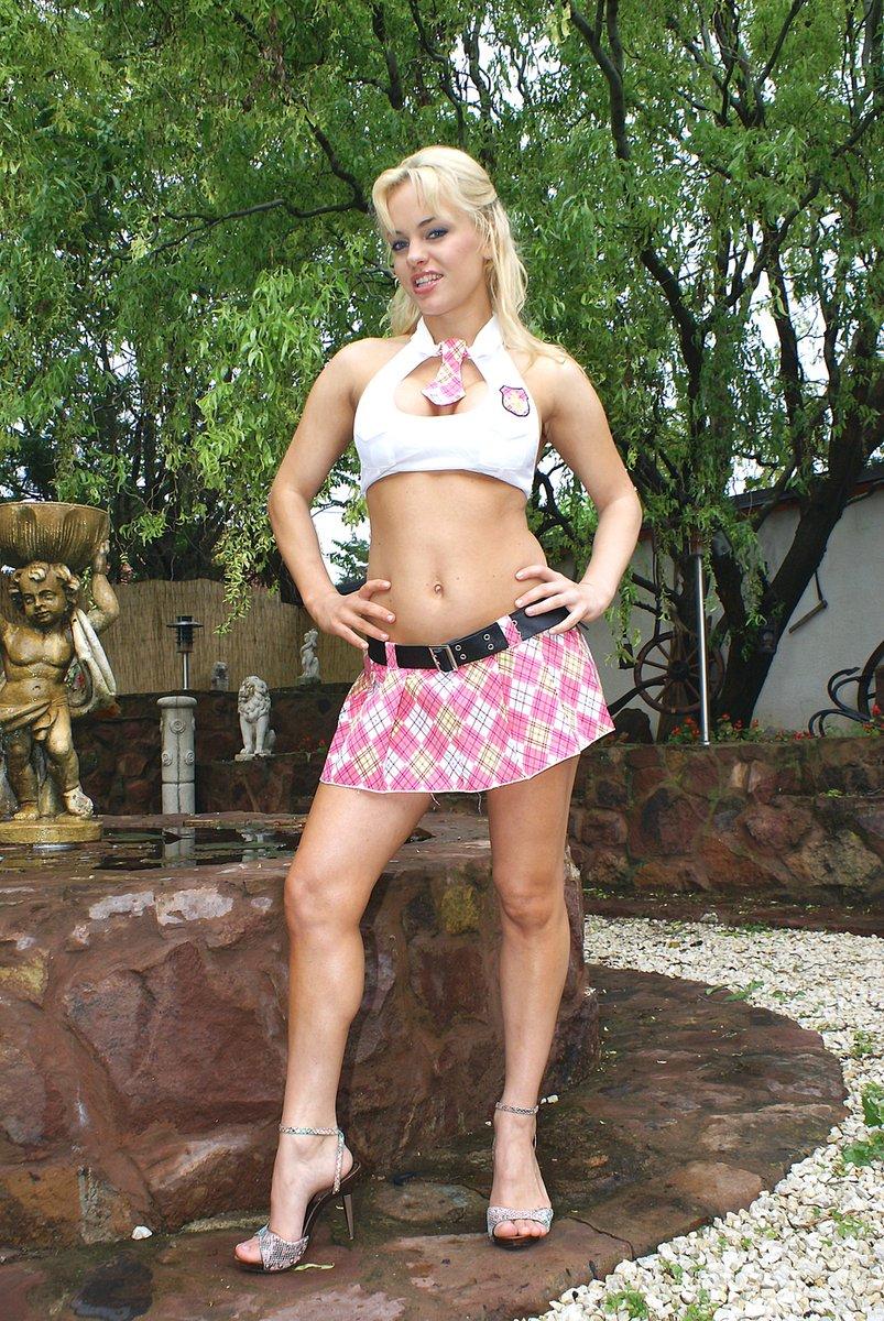 Nira #nira #czech #girl #mallorca #palma #beach