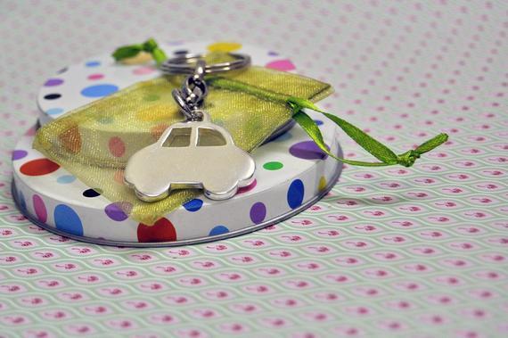 my Beetle keychain,Car Keychain,Moms  via @EtsySocial #etsyshop  #etsy #etsyshop #valentinedaygift  #father
