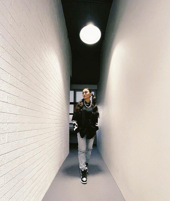 The #BrightNEZ Hallway 😜✌🏼 @agnezmo @bbrightvc
