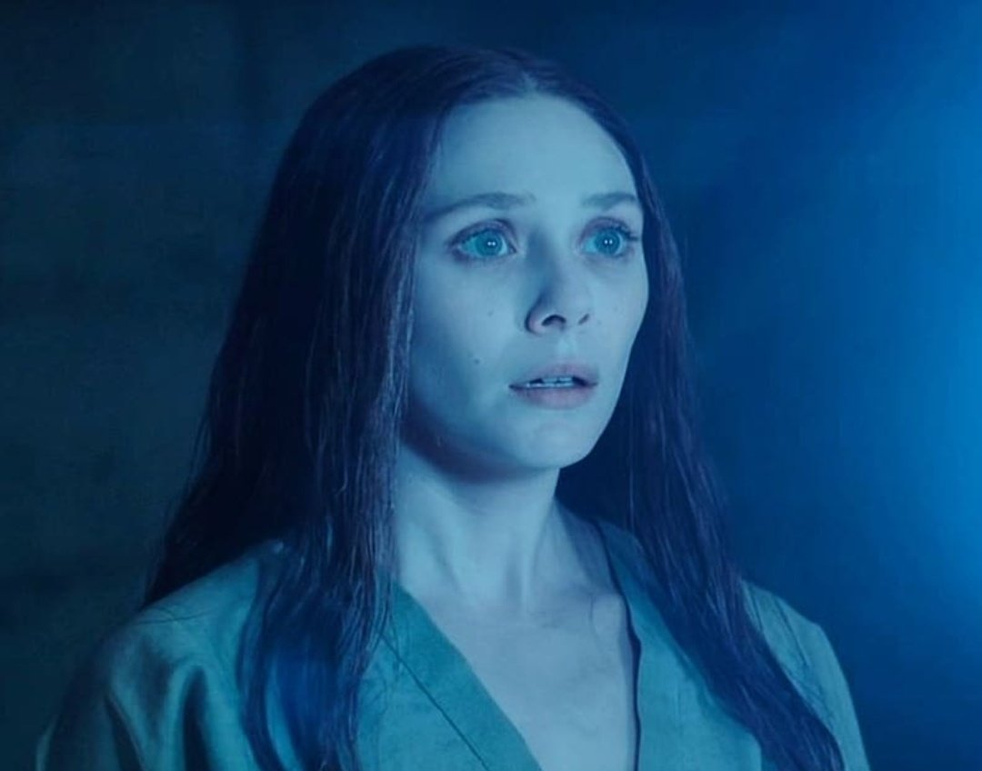 #WandaVision spoilers - - - - - - This scene gives me chills. One of the best scenes from MCU! SCARLET WITCH!!