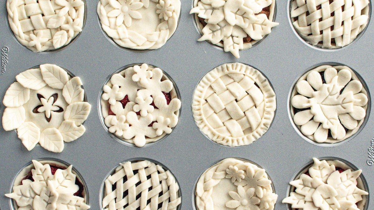 焼く前のパイの見た目が可愛いと思う方挙手!生地の作り方は無限大でパイの魅力がたっぷりです!