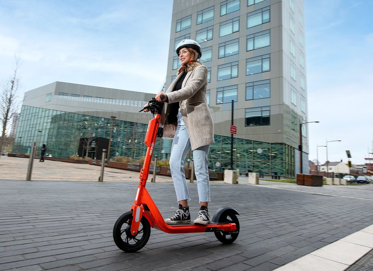 Weve made changes to the e-scooter trial in response to initial feedback - this includes an overnight curfew on use between 11pm and 5am. If you are using the e-scooters you must make sure you understand and comply with the rules. orlo.uk/8amGZ
