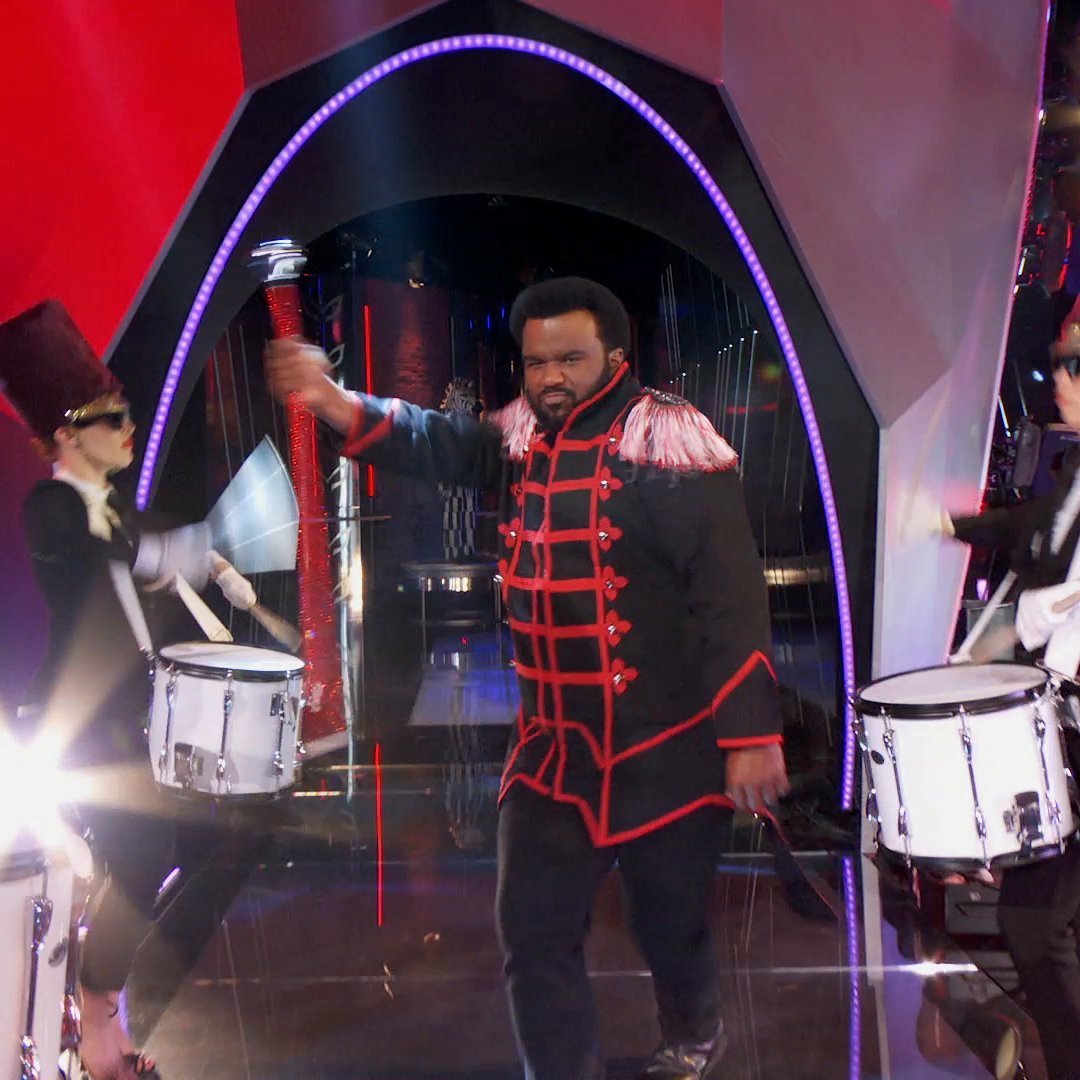 No bad vibes on #TheMaskedDancer stage when @MrCraigRobinson is in charge. 😂