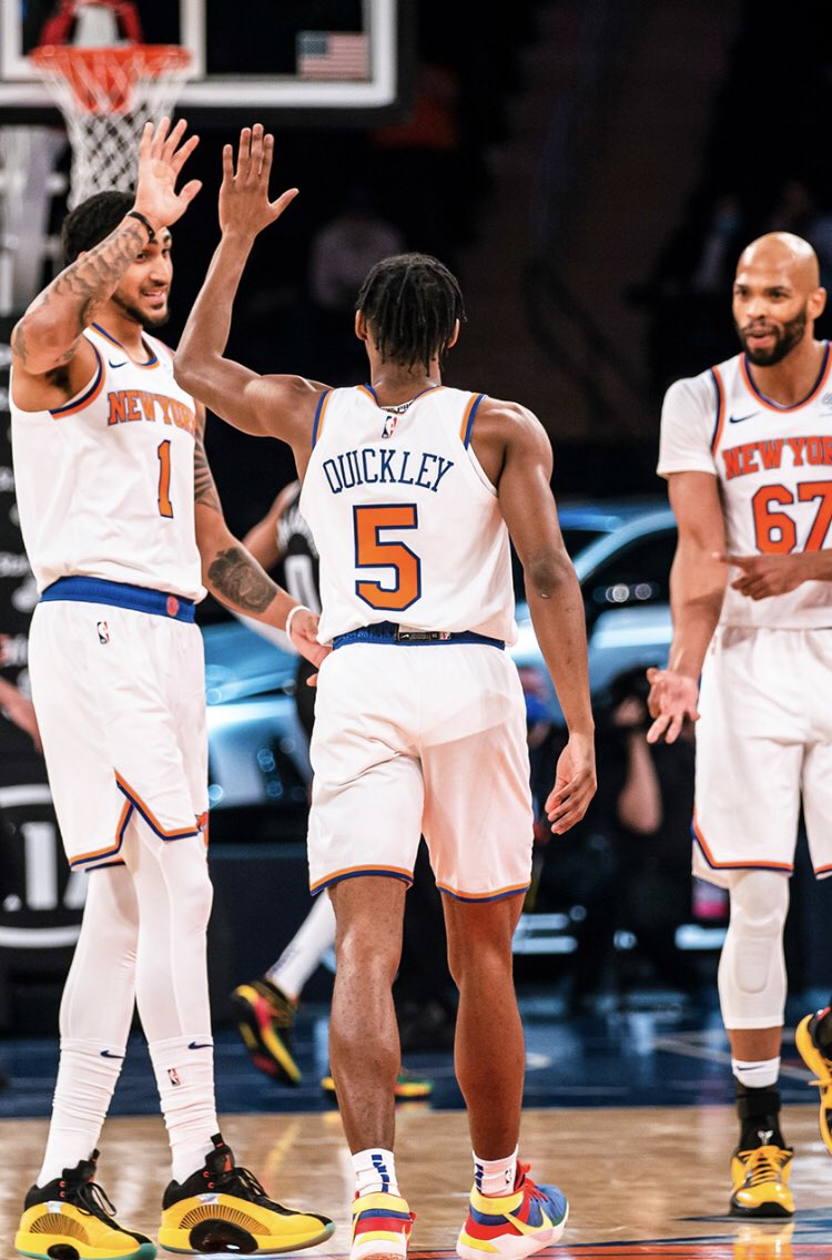 Knicks last night vs Sacramento: 140 PTS on 58.6 FG% and 52.8 3P%.  First time that's ever happened in franchise history (min. 2 3PA).  [per @statmuse] #NewYorkForever