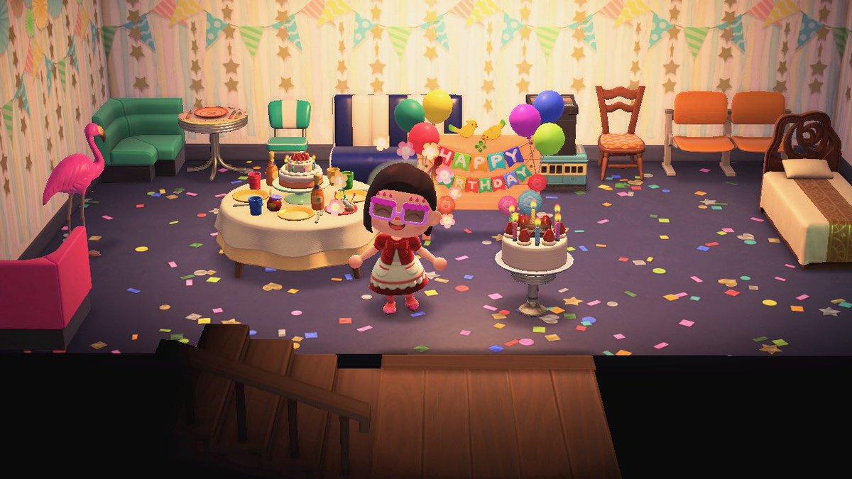 test ツイッターメディア - 現実はチョコパイでお祝いした誕生日だったけど、あつ森では住民が祝ってくれたwwしっかりロウソクの火も消したよ。住民がくれたサングラス、ケーキ、テーブル、ボートと写真も撮った #あつ森 #あつ森写真部 https://t.co/wPElRqzyrF