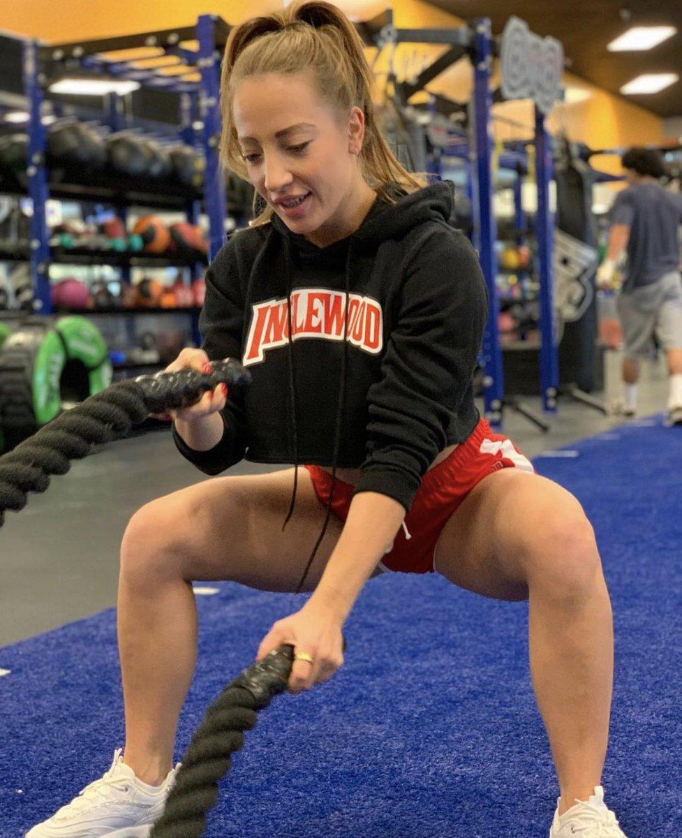 INGLEWOOD CITY IF CHAMPIONS  INGLEWOOD CLOTHING LINE 900 N La Brea Ave Inglewood Ca  Monday-Saturday 12-6pm  📷@mia_fitness_13  #inglewood #sofistadium #fitness #workout #croptop #strong #healthy #gym #vegan #photoshoot #photography #canon #vacation
