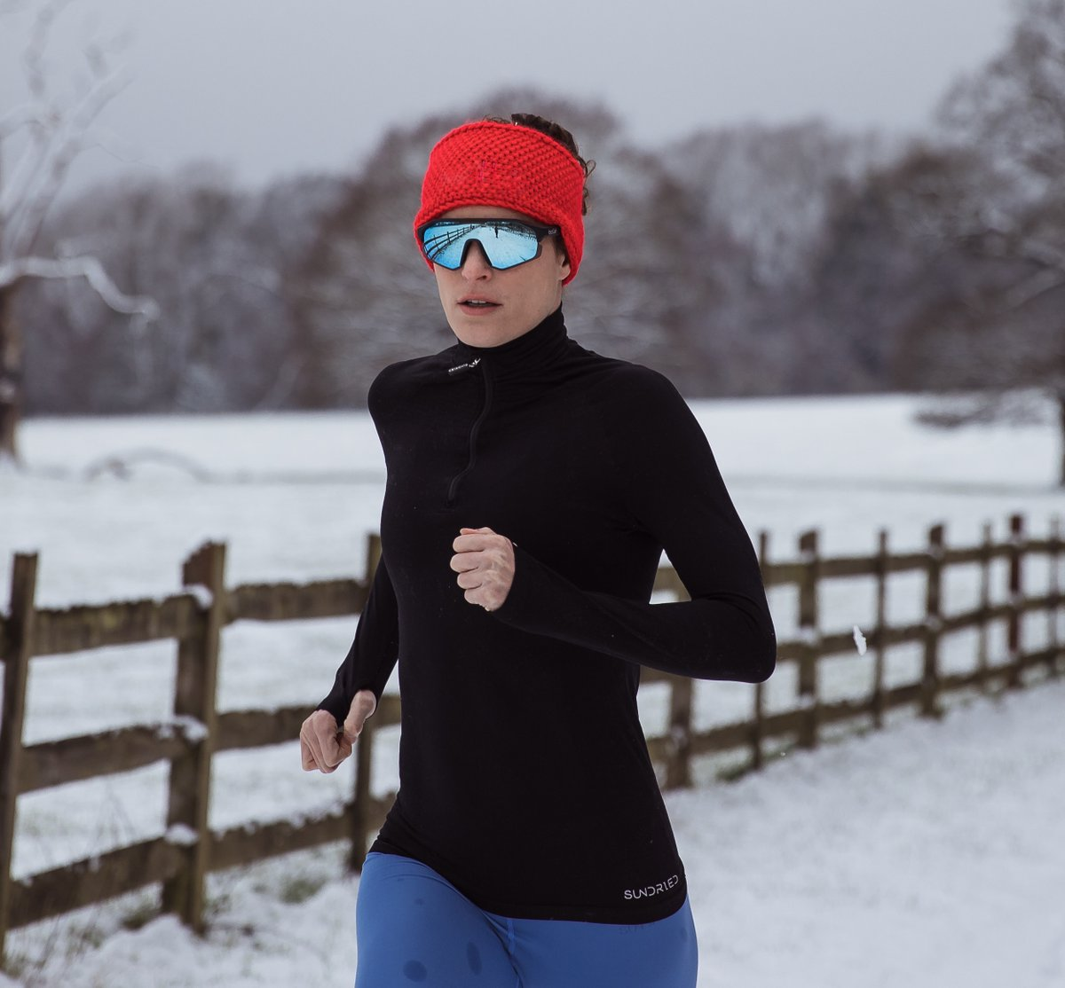 The weather may be getting better, but we wanted to share one last picture of the snow before Spring arrives.  @alicehector82 wears our 'Women's Threshold Half Zip Jacket' and '7/8 Leggings'.   #triathlete #snow #runner #running