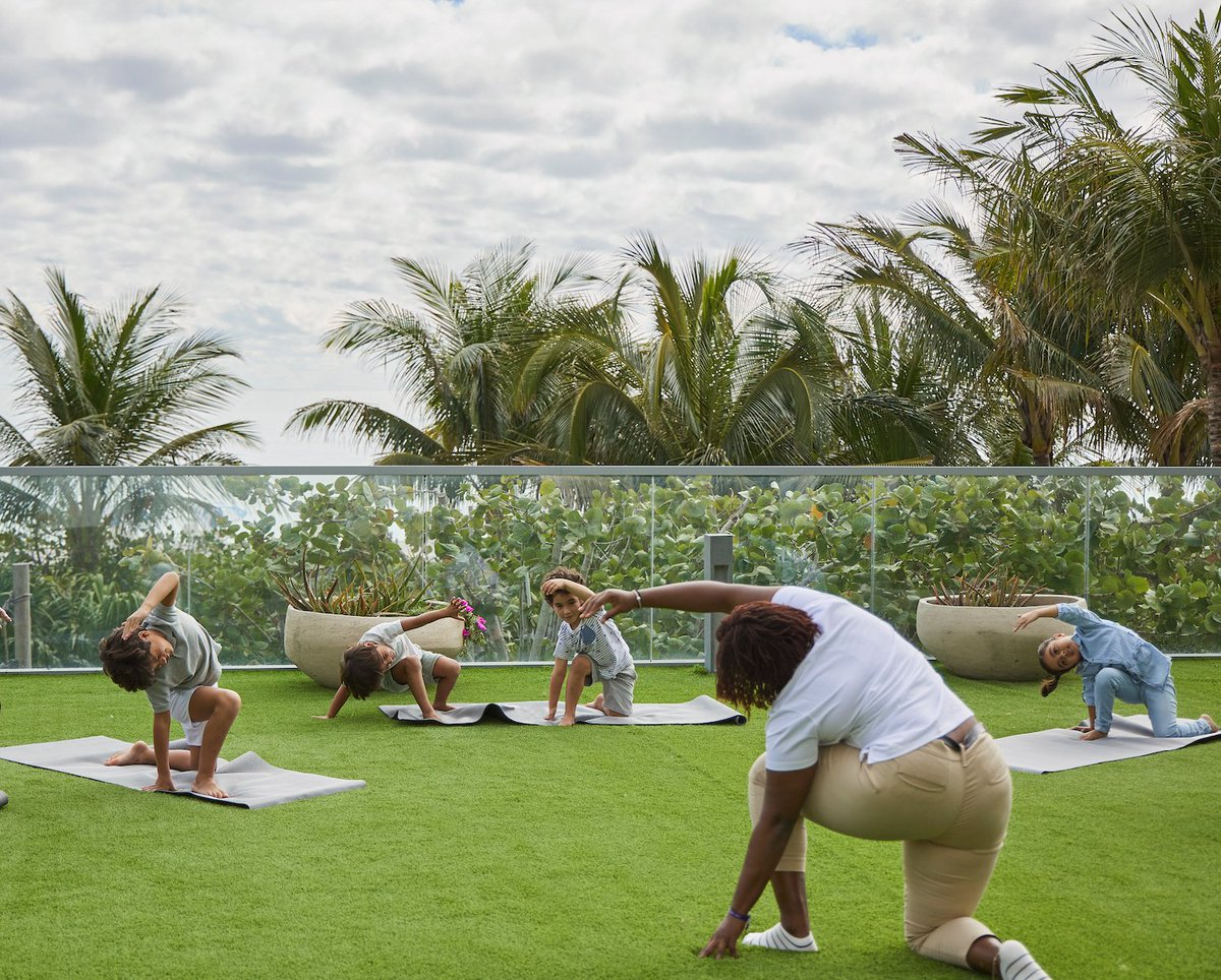Our crew heading into the week's final #stretch 🧘‍♀️ - Photo: 1 Hotels . . . #yoga #kidsyoga #miami #florida #childcare #daycare #kids #cute #fun #exercise #parenting #instagood