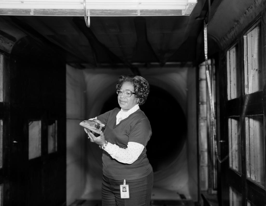 TODAY @NASA's Headquarters in Washington, D.C. is officially getting a name! The building will be named after Mary W. Jackson, the first African American female engineer at NASA. Tune in to NASA TV to watch the ceremony at 1 p.m. EST: