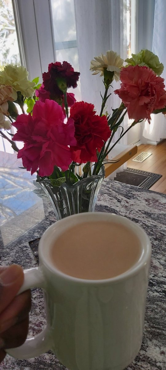Good morning and good afternoon, have a great day everyone  #fridaymorning  #TeaTime