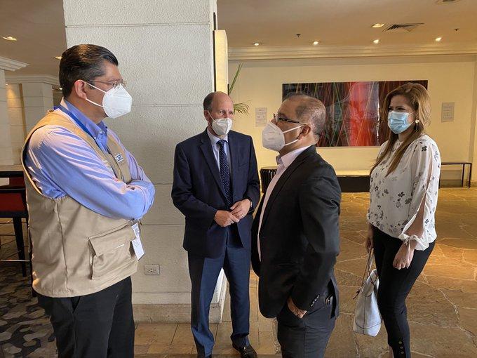 FMLN denuncia posible violencia de seguidores de Nuevas Ideas en los centros de votación