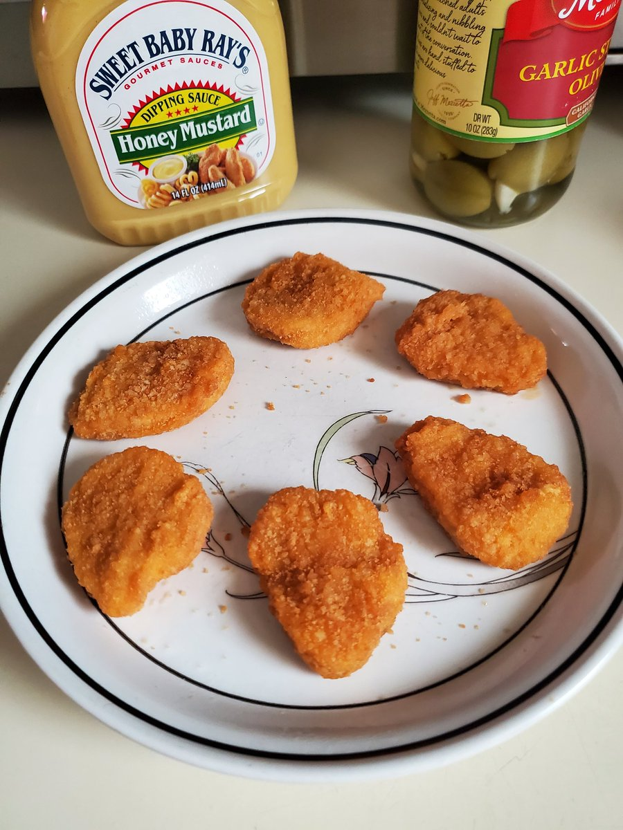 Happiness is ... discovering the precise amount of microwave cooking time for the perfect #Nuggets 😃 What's your go-to dipping sauce?