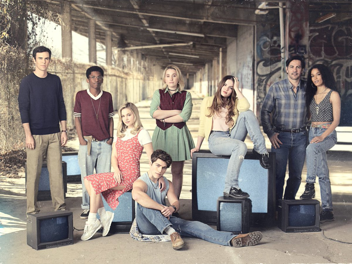 A new show called @cruelsummer debuts on @FreeformTV April 20th! This is relevant to my interests because a) 4/20, & b) my favorite actress in the world is in the cast! HARLEY has been shooting in Dallas since October, so I'm proud as a Dad to share this pic & the trailer below!