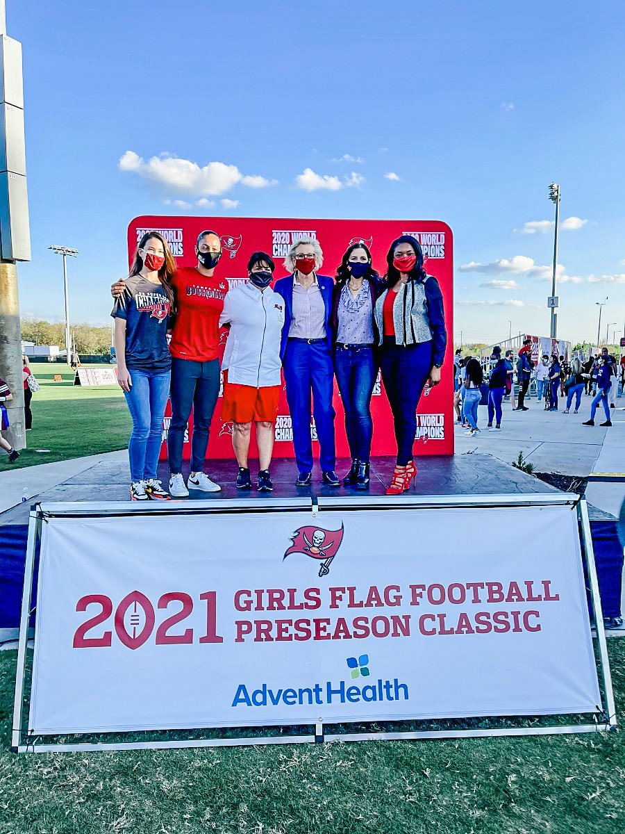 So exciting to see such a rise of women in ALL sports - teaching lifelong lessons about leadership, perseverance, & confidence.   Thanks to the @Buccaneers Foundation & @AdventHealth + all the parents and coaches that made this Girls Flag Football Preseason Classic possible! 🏈