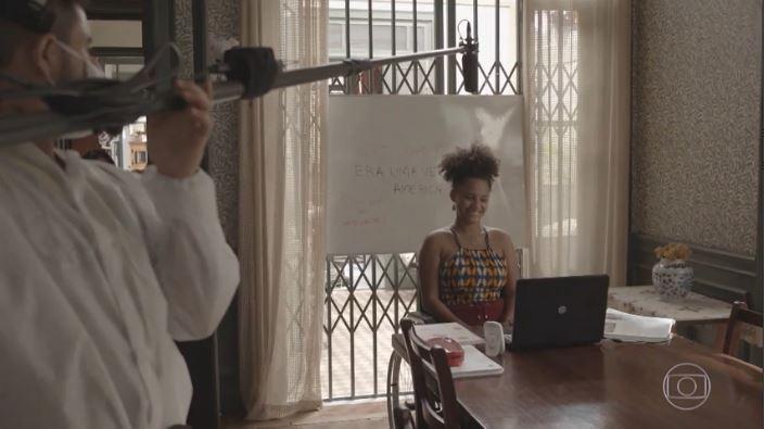 Chega de saudade! #AmorDeMãe está de volta ❤️. Você vai saber mais no #Fantástico. 📷: Reprodução TV Globo.
