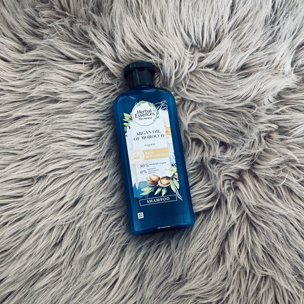 Shampoo smells like Harry Styles   #HarryStyles #harries #harriesloveloveloveharry #harry #styles #directioner #hazzastyles #hazza #WatermelonSugar #fineline #shampoo