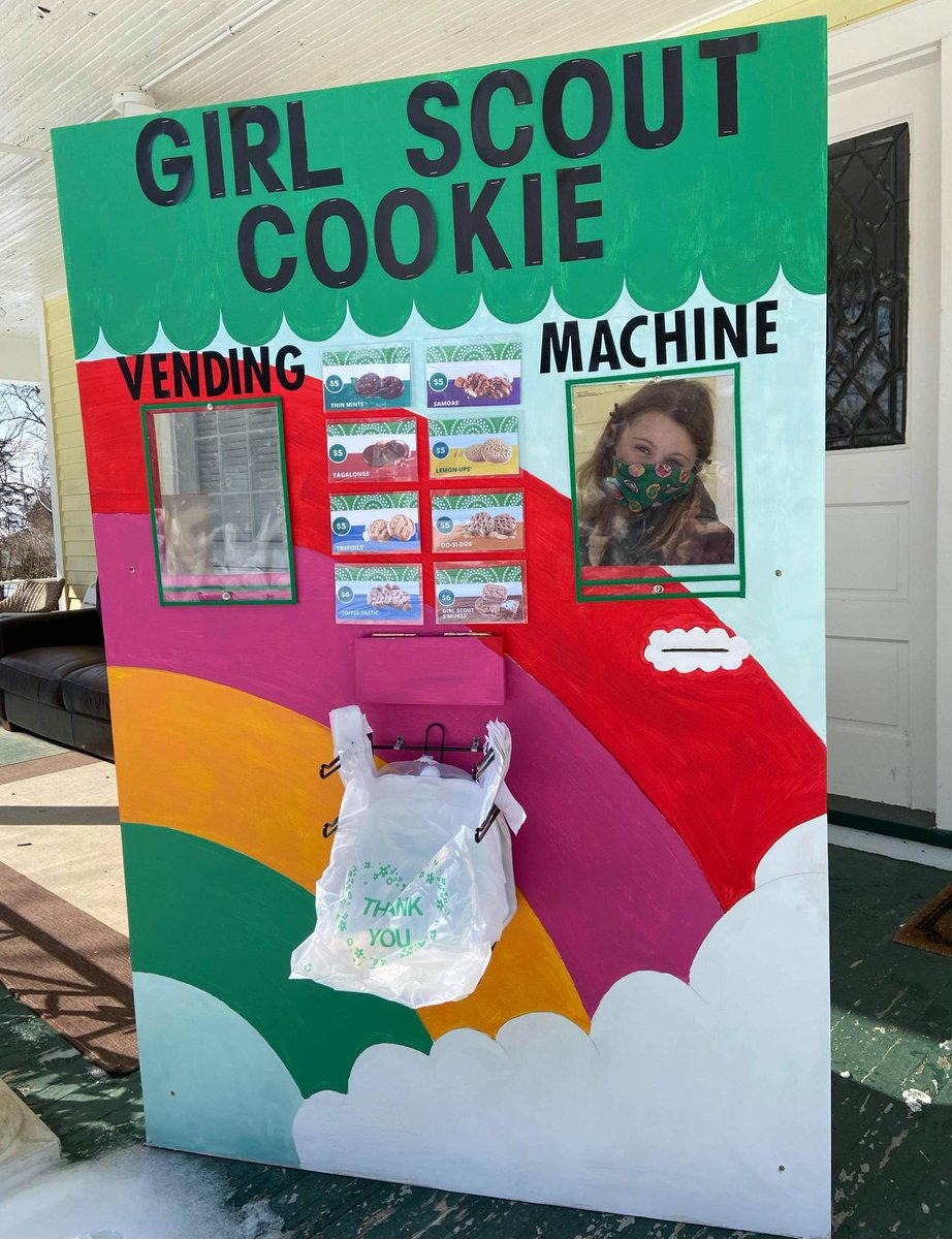 I used the @GirlScoutsWOH cookie finder to find a drive-thru booth. After buying 4 boxes, I bought 4 more when the Troop Moms reported that sales were sluggish. Happy to pull out another $20 to support girls plus the neighbors are going to be delighted. #girlscoutcookies https://t.co/VH8RwJ63Ut