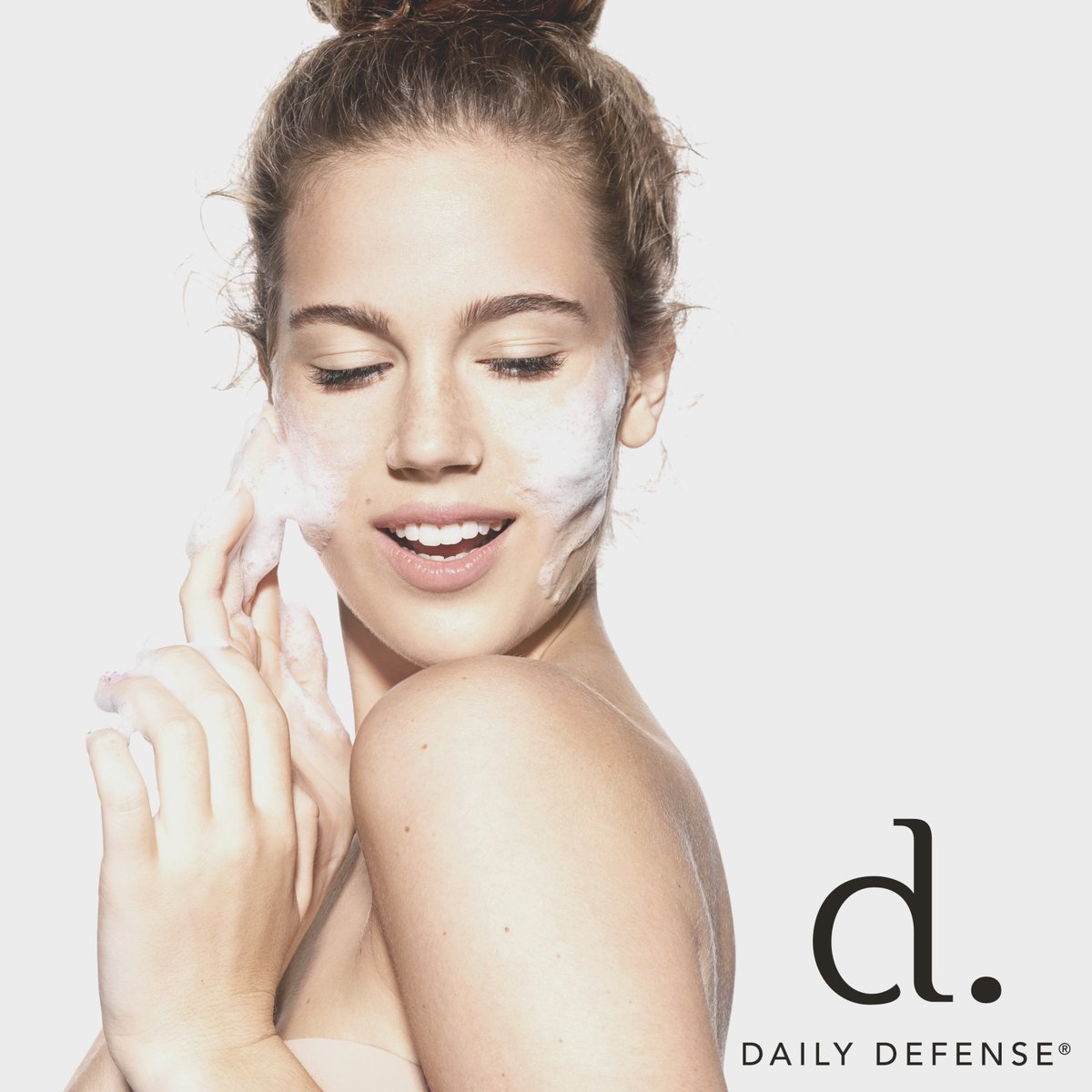 Good #skin. Good #mood. Good day. #DailyDefense #skincare #selfcare #takecareofyourskin #healthandbeauty #radiantskin #antiaging #complexion #skinbrightening #smoothskin #skincare #skincareproducts #cleanbeauty #nontoxicbeauty #crueltyfreeskincare #skincaretips #facial #facials