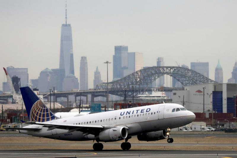 United Airlines to pay $49.5 million to settle U.S. international mail contract probe