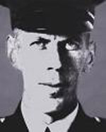 A married father of one, Cst George Oliver LEDINGHAM was born in #Ontario and buried in Mountain View Cemetery, Vancouver.    He served the #VancouverPolice Department for 12 years.  6/6  #EOW #LODD #NeverForget #BCLEM