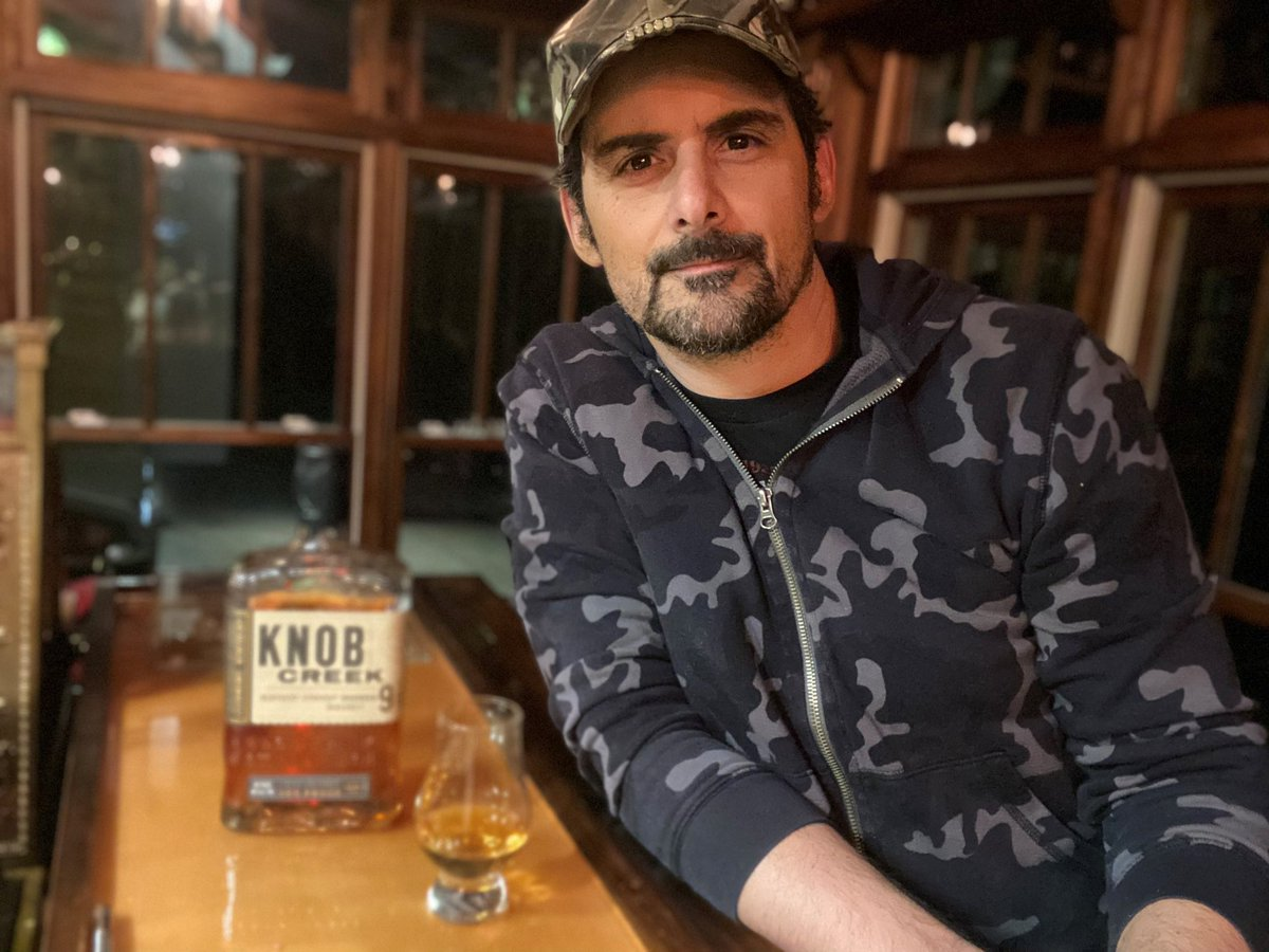 """#Ad Who else has been taking #6ourbon7ime time and enjoying some @knobcreek tonight? Reminding you to join me in the movement to make 6-7pm your time to take a break, set boundaries and reclaim """"me"""" time, whatever that looks like for you."""