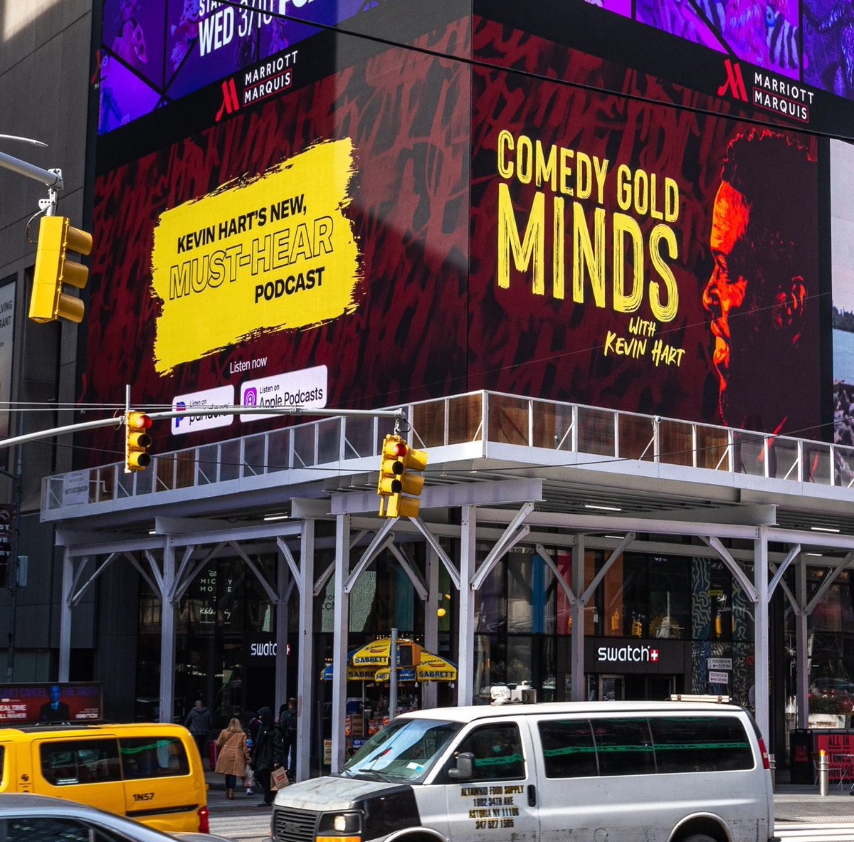 Yeah you see it 😏🤩 Just spotted in Times Square. Stream @KevinHart4real's new podcast #ComedyGoldMinds now on @SIRIUSXM and @pandoramusic!