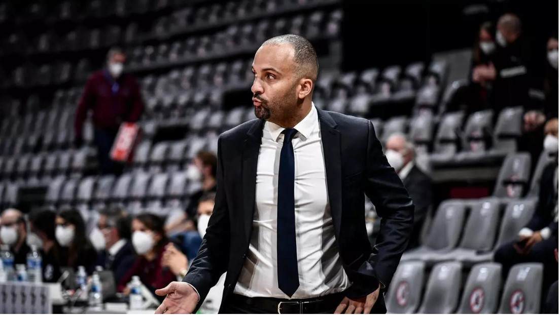 Les basketteurs de Villeurbanne ont réalisé un exploit magistral en allant simposer sur le parquet du FC Barcelone, leader de lEuroligue, signant leur 2ème victoire consécutive dans la compétition reine du basket européen. f24.my/7Pi3.t