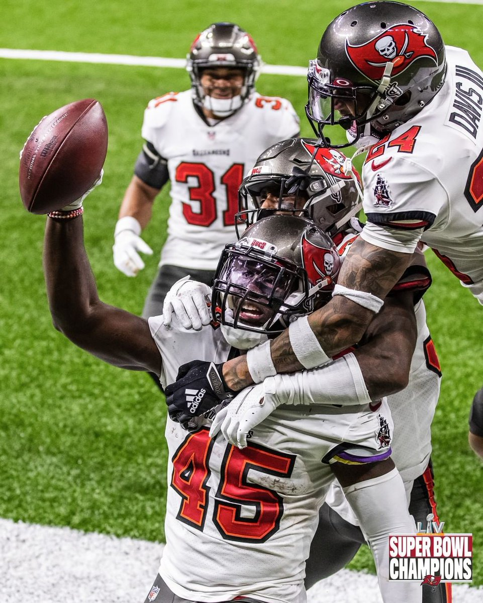 #Tampa Bay #Buccaneers: We live for these moments ...       #Florida #Football #NationalFootballConference #NationalFootballConferenceSouthDivision #NationalFootballLeague #NFL #TampaBay #TampaBayBuccaneers