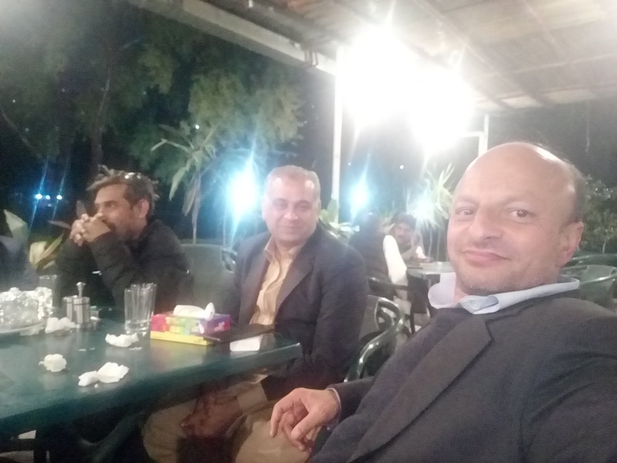 """""""Don't make #friends who are comfortable to be with. Make friends who force you to lever #yourself up."""" 💓 An evening in #Muzaffarabad with Lal Chand Malhi, #MNA & Federal Parliamentary Secretary for Human Rights (2nd from right), MB Somroo, senior journalist (3rd from right)"""