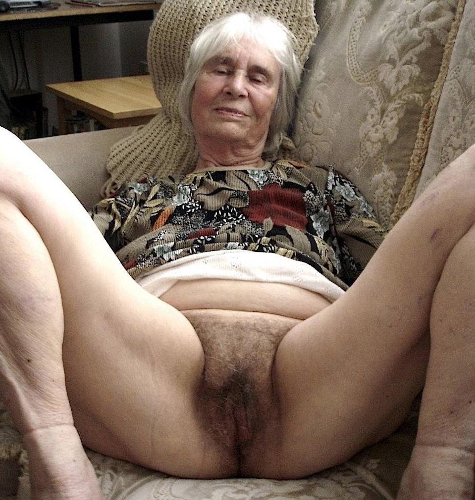 Free granny vagina galleries