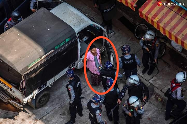 #Feb27Coup MyayNiGone, Yangon, Myanmar🚨❗  This is a PREGNANT woman and police arrested her voilently like this!!!  You can see his hand on her NECK!!!! This is #CrimesAgainstHumanity @AllianceMilkTea  #OpCCP #WhatsHappeningInMyanmar @POTUS @UN @YourAnonCentral @freya_cole https://t.co/JDOYencZyx