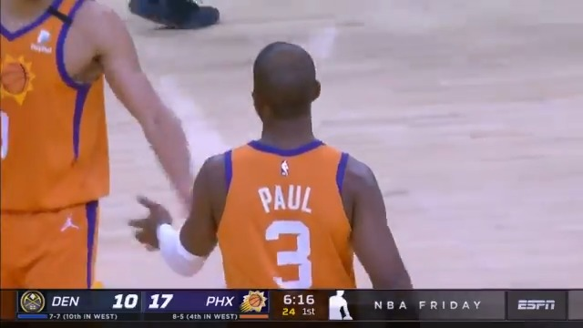 Chris Paul. Dropping dimes.   @CP3 becomes the first @Suns player to reach 15 assists 3 times in a season since @SteveNash! https://t.co/2GPYe5SyyT