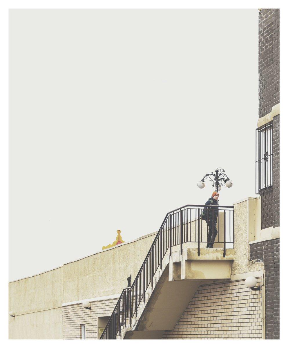 Walkers #streetphotography #visualgram #documentaryphotography #nikonz50 #lensculture #moodygrams #mobilephotography #streetizm #foto #фото #streetphoto #urbanphotography #streetart #cityscape #vsco #vscofilter T1/2