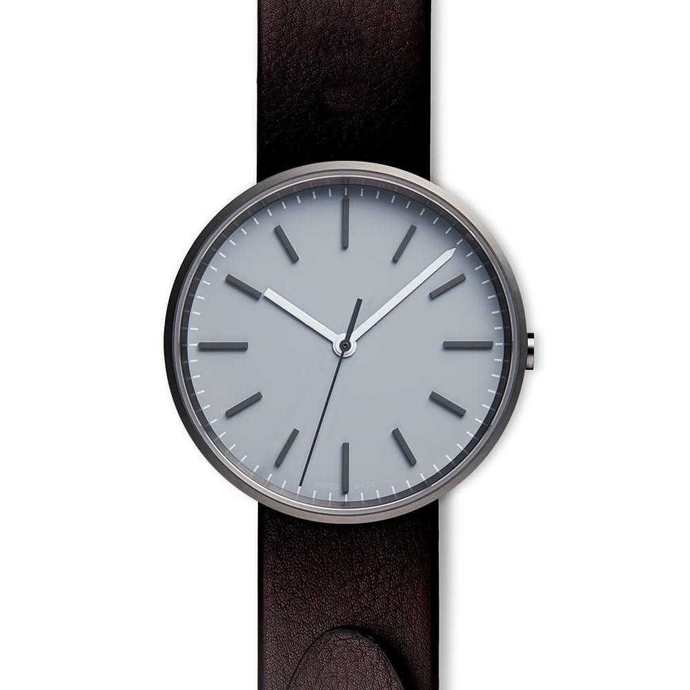 @uniformwares M37 PreciDrive three-hand watch in PVD grey, paired with a straight nappa leather strap in brown.     #leon_edwardsmma #ufc #btsport #watches #menswatch #menfashion #menstyle #menswatches #wristwatch #swissmade #londondesign #uniformwares
