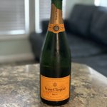 Image for the Tweet beginning: Veuve, it's what's for breakfast