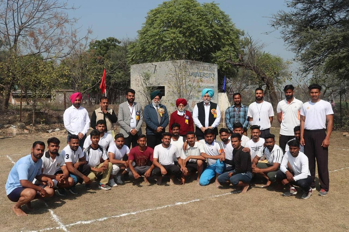Guru Kashi University College of Physical Education has successfully organized in-house friendly competitions of KhoKho, Kabaddi and Volleyball.  Congrats to all Winners!!  #physicaleducation #sportscompetition #kabaddi #volleyball #talwandisabo