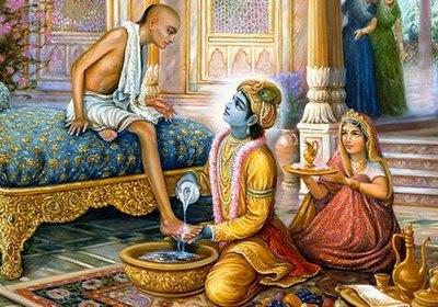 आज का अनमोल रत्न: कृष्ण ने सुदामा के गोविंद राधे। धोये चरण दृग - अश्रु ते बता दे॥ #जगद्गुरु_१००८_स्वामि_श्री_कृपालु_जी_महाराज #Shri_Krishn washed #Sudama's feet with His tears. #FridayThoughts #bhakti #spiritualawakening #happinessmantra #राधे_राधे