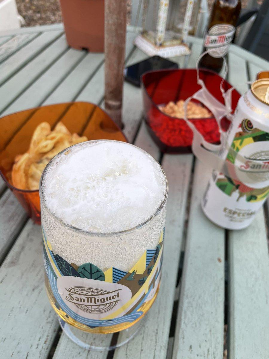 @Beer0Cl0ck #FridayFeeling